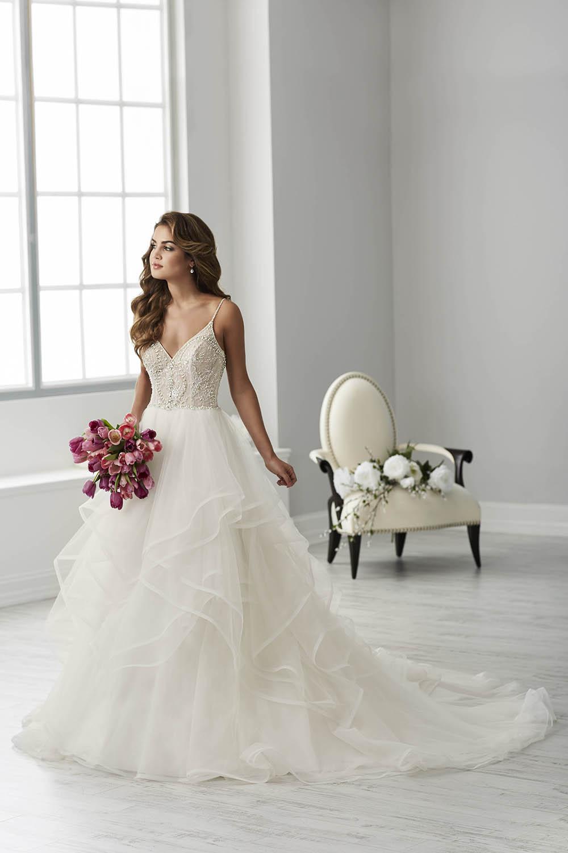 bridal-gowns-jacquelin-bridals-canada-26102