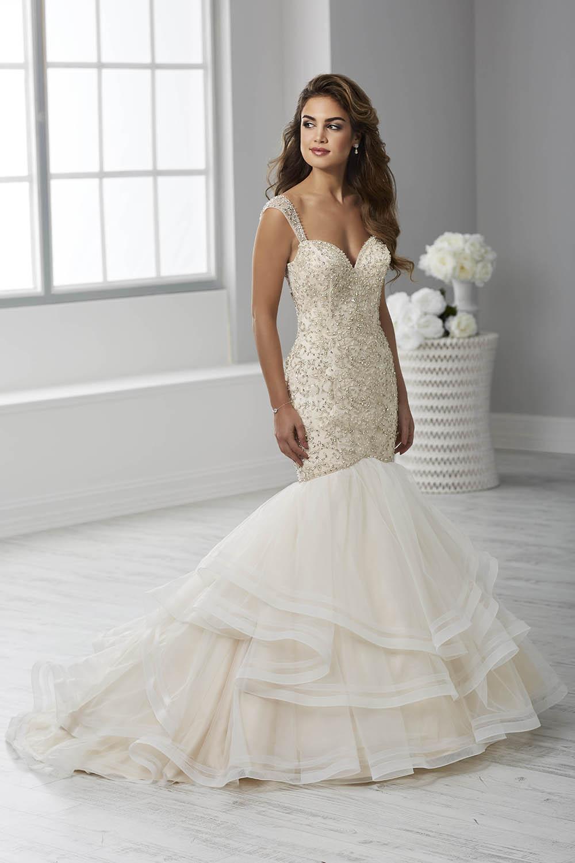 bridal-gowns-jacquelin-bridals-canada-26114
