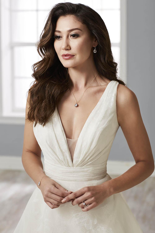 bridal-gowns-jacquelin-bridals-canada-26142