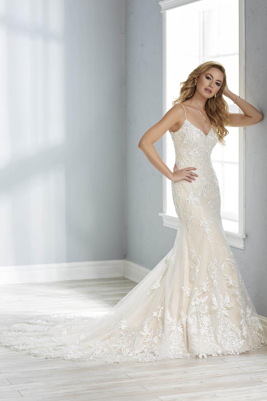 bridal-gowns-jacquelin-bridals-canada-26144