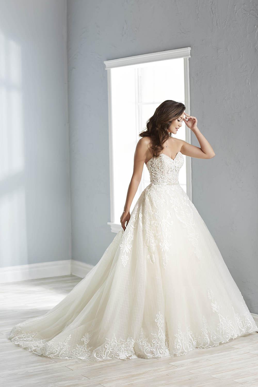 bridal-gowns-jacquelin-bridals-canada-26151