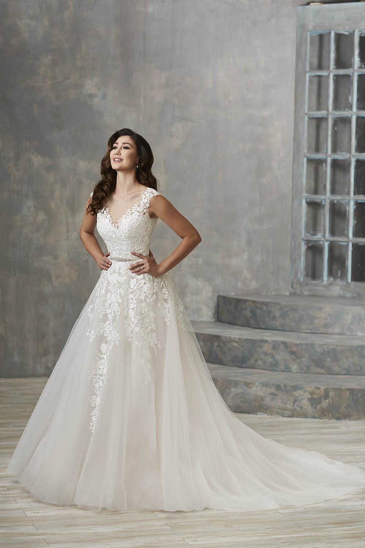 bridal-gowns-jacquelin-bridals-canada-26161