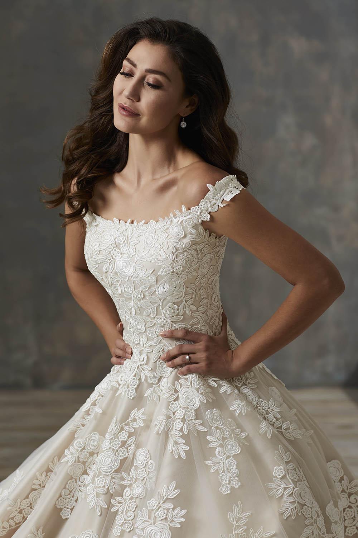 bridal-gowns-jacquelin-bridals-canada-26165