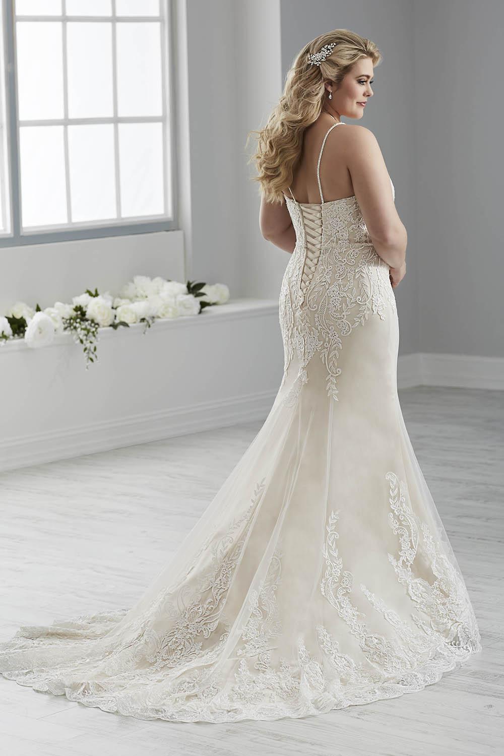bridal-gowns-jacquelin-bridals-canada-26289
