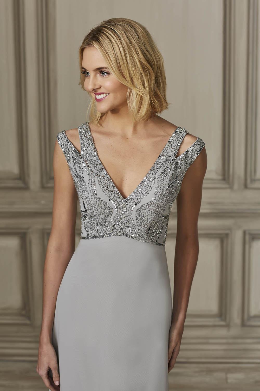 bridesmaid-dresses-adrianna-papell-platinum-26328