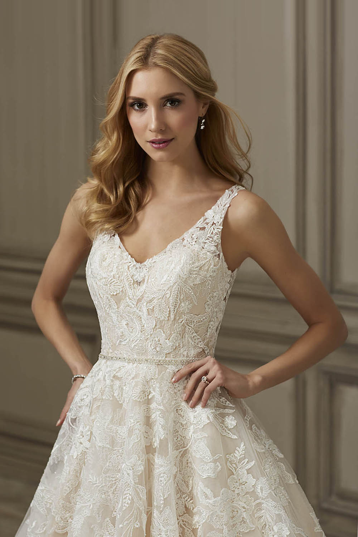 bridal-gowns-jacquelin-bridals-canada-26358