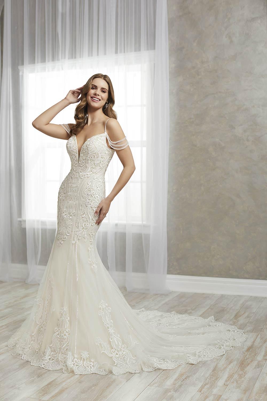 bridal-gowns-jacquelin-bridals-canada-27234