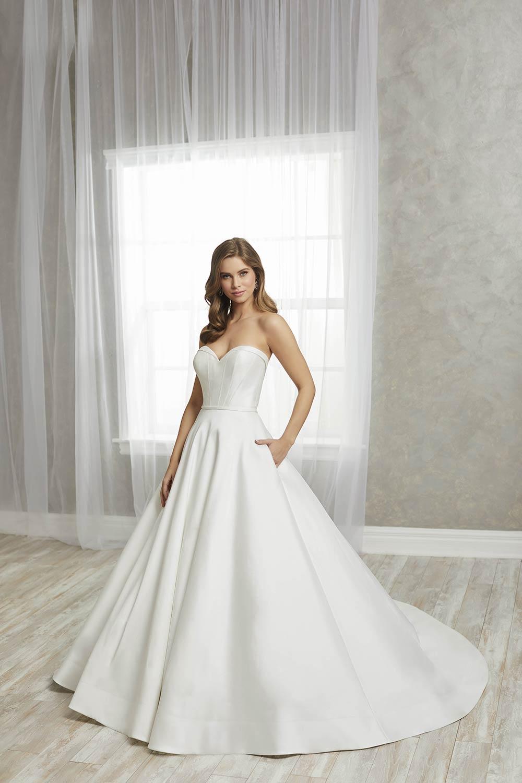 bridal-gowns-jacquelin-bridals-canada-27237
