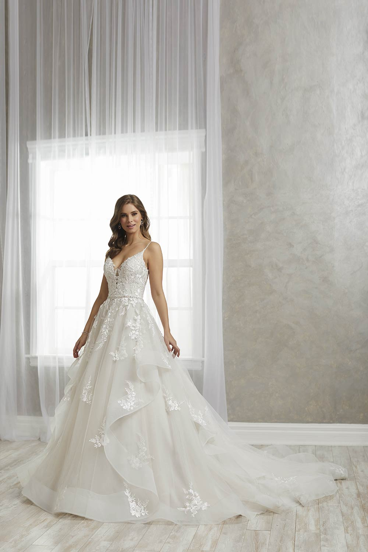 bridal-gowns-jacquelin-bridals-canada-27250