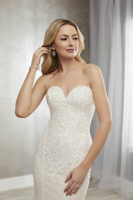 bridal-gowns-jacquelin-bridals-canada-27274