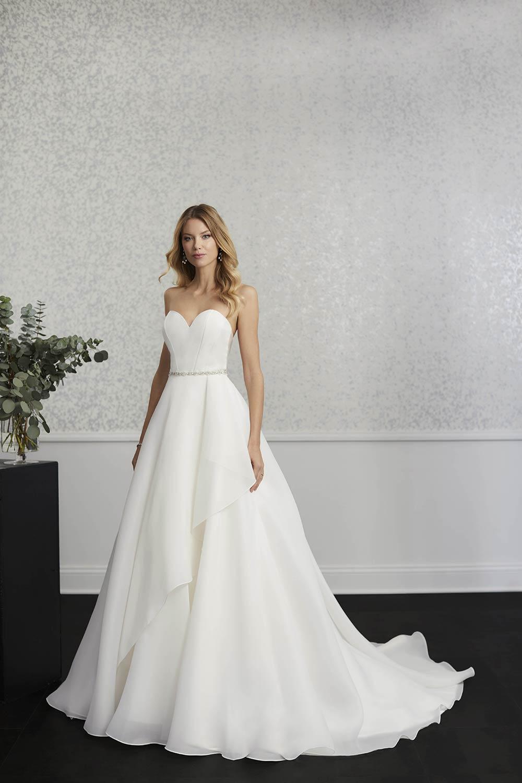 bridal-gowns-jacquelin-bridals-canada-27394