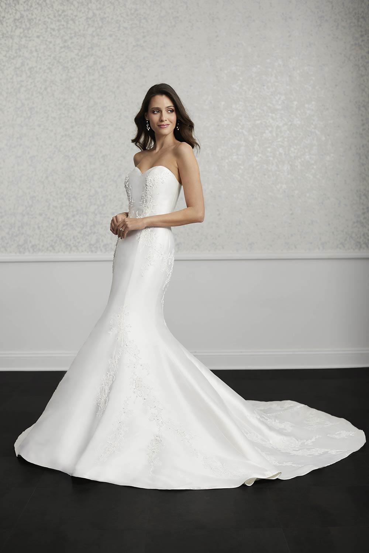bridal-gowns-jacquelin-bridals-canada-27403