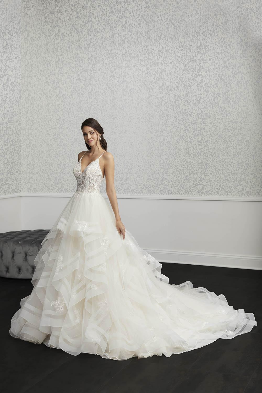 bridal-gowns-jacquelin-bridals-canada-27404