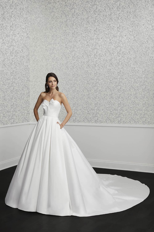 bridal-gowns-jacquelin-bridals-canada-27405