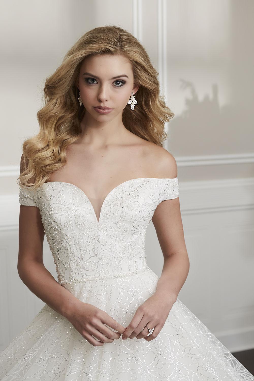 bridal-gowns-jacquelin-bridals-canada-26675