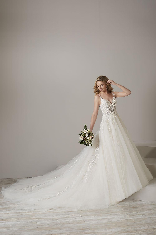 bridal-gowns-jacquelin-bridals-canada-26757