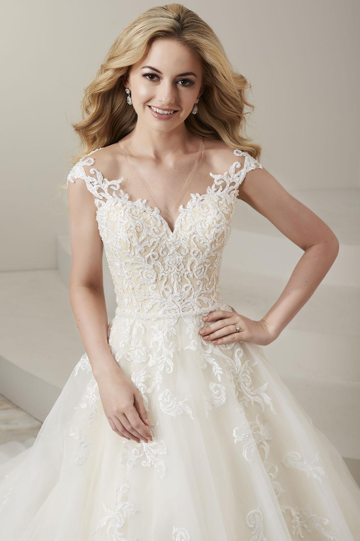 bridal-gowns-jacquelin-bridals-canada-26759