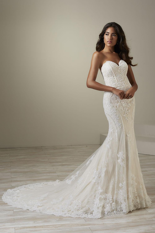 bridal-gowns-jacquelin-bridals-canada-26770