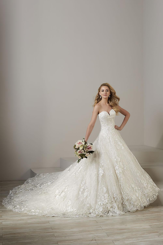 bridal-gowns-jacquelin-bridals-canada-26783