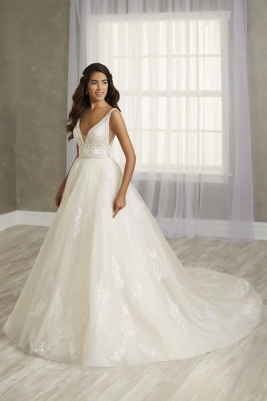 bridal-gowns-jacquelin-bridals-canada-26802