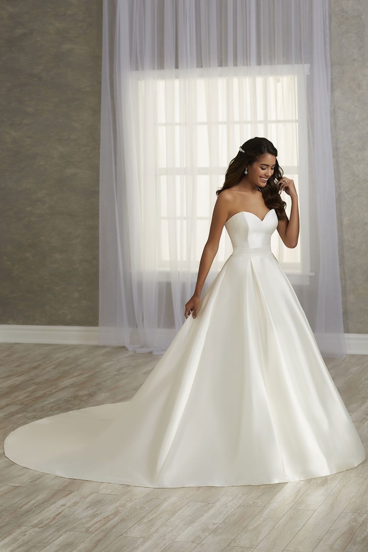 bridal-gowns-jacquelin-bridals-canada-26811