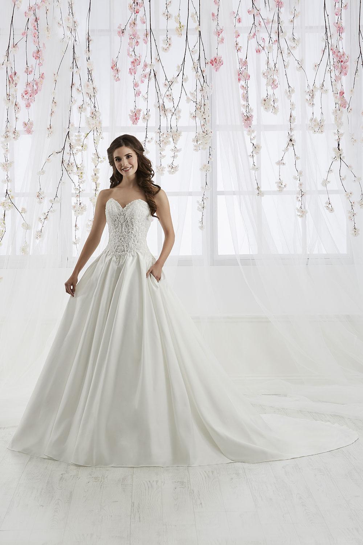 bridal-gowns-jacquelin-bridals-canada-26897
