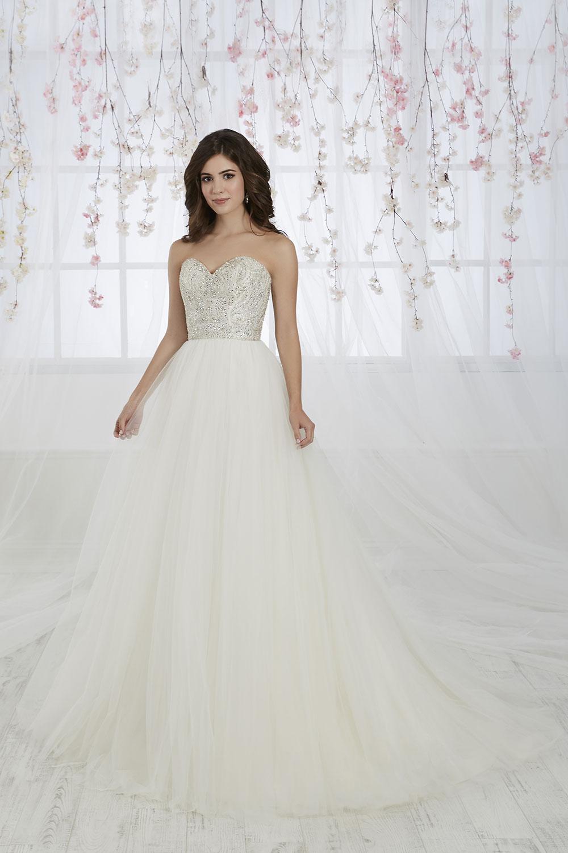 bridal-gowns-jacquelin-bridals-canada-26900