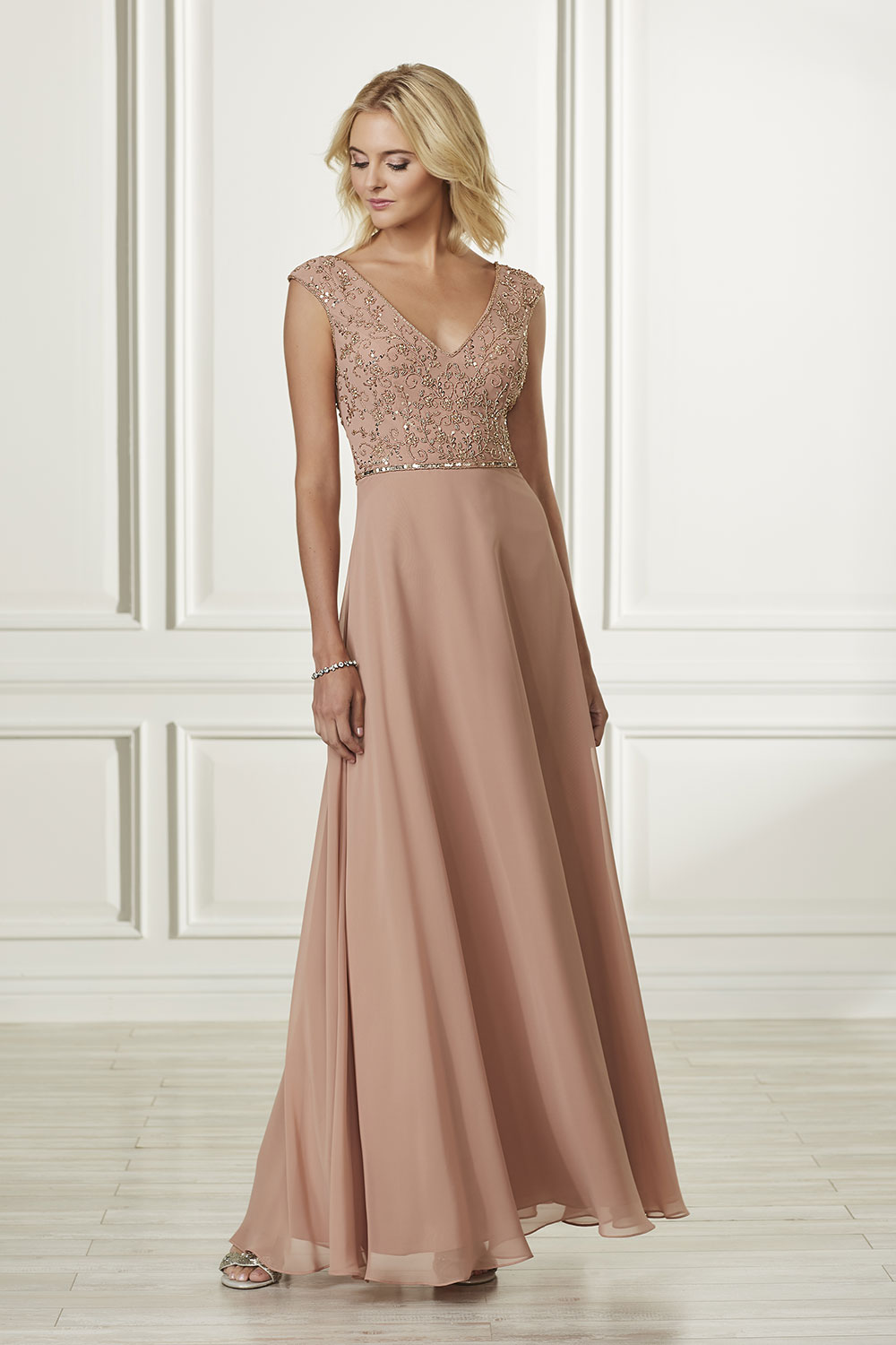 bridesmaid-dresses-adrianna-papell-platinum-26917