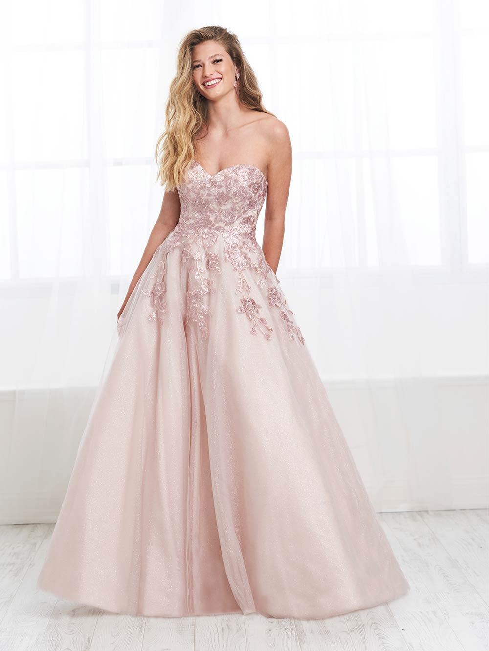 prom-dresses-jacquelin-bridals-canada-27639