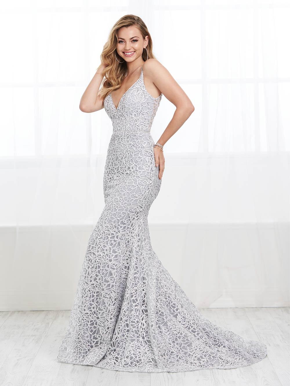 prom-dresses-jacquelin-bridals-canada-27646