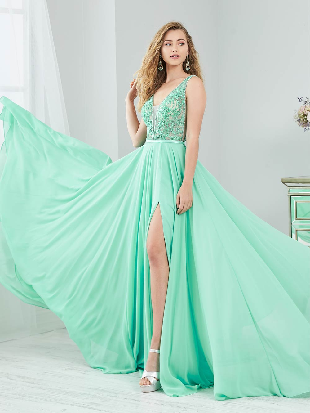 prom-dresses-jacquelin-bridals-canada-27880