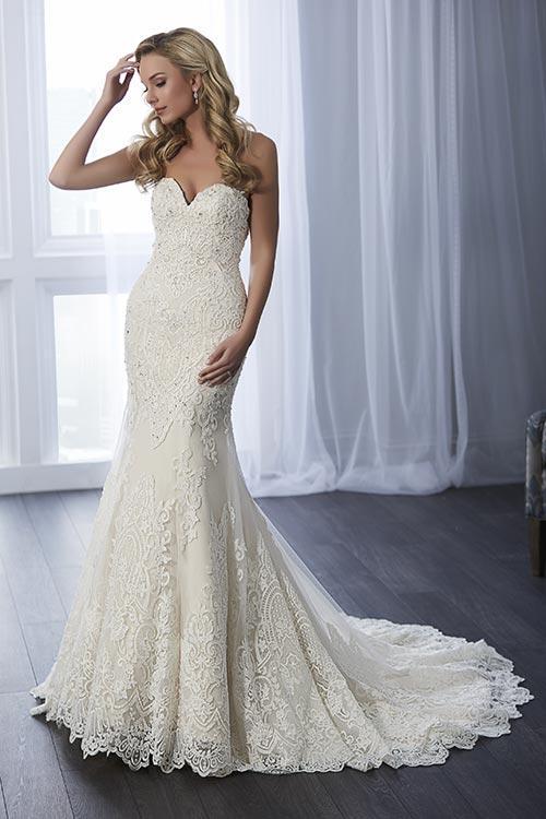 bridal-gowns-jacquelin-bridals-canada-24751