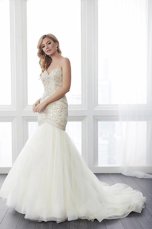 bridal-gowns-jacquelin-bridals-canada-24753