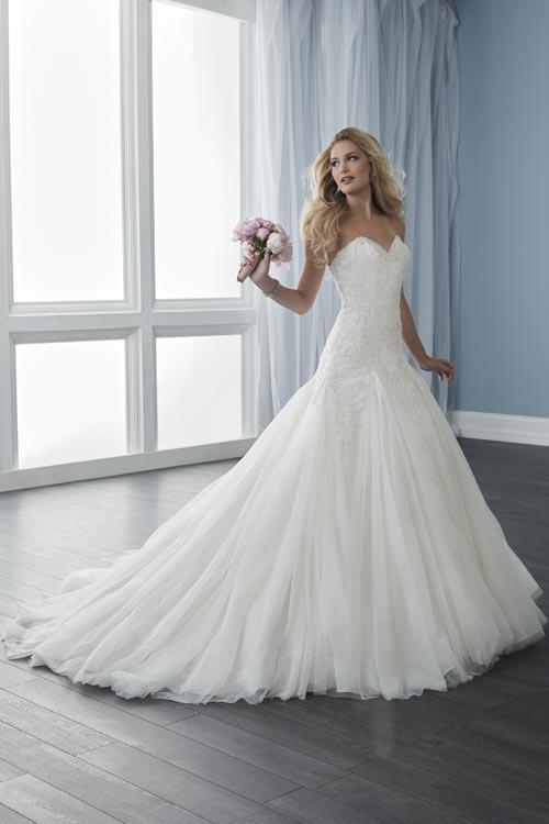 bridal-gowns-jacquelin-bridals-canada-24072