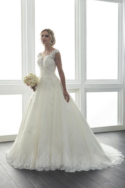 bridal-gowns-jacquelin-bridals-canada-24074