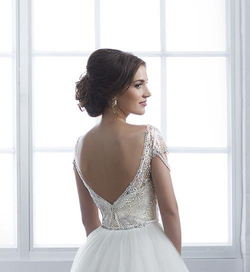 bridal-gowns-jacquelin-bridals-canada-25409
