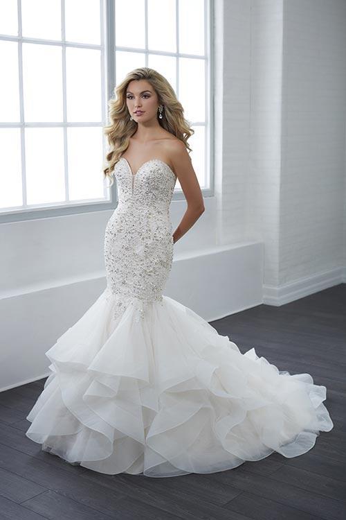 bridal-gowns-jacquelin-bridals-canada-25418