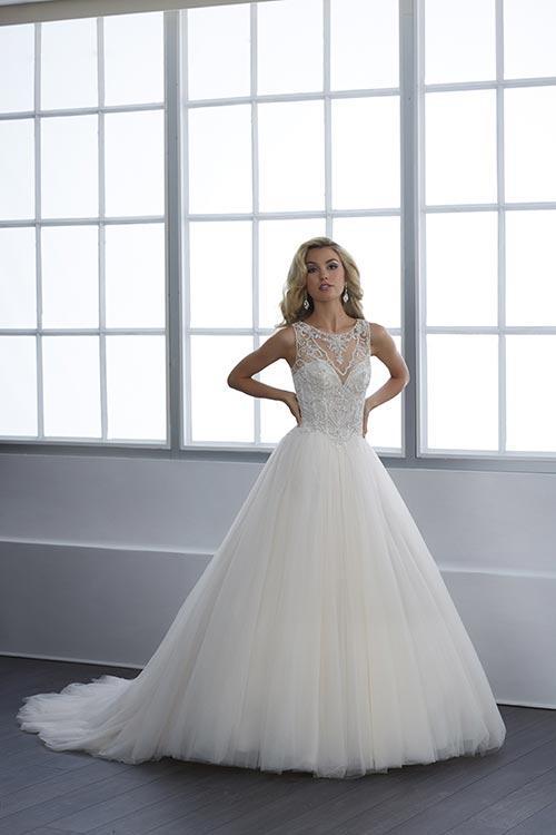 bridal-gowns-jacquelin-bridals-canada-25420