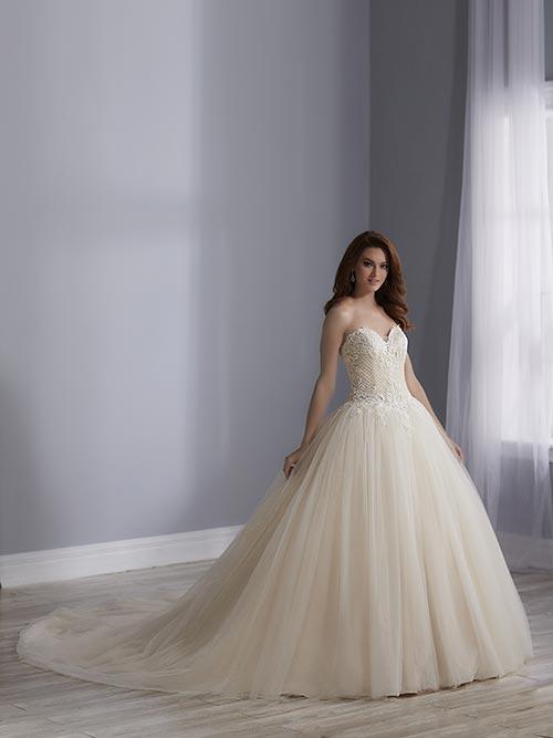 bridal-gowns-jacquelin-bridals-canada-25515