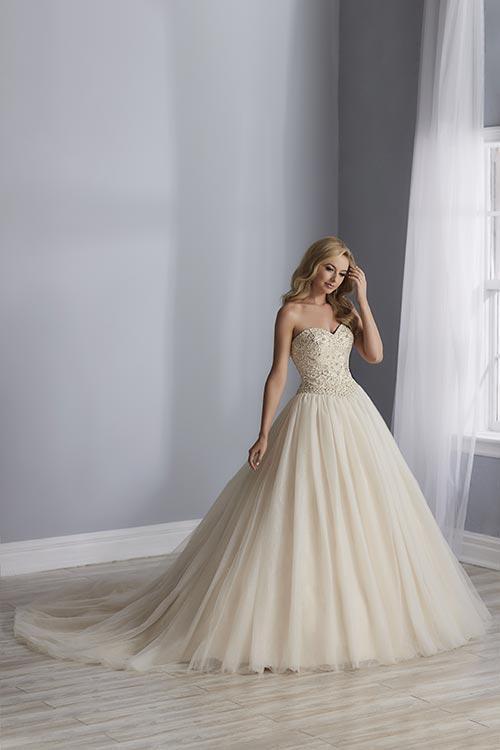 bridal-gowns-jacquelin-bridals-canada-25525