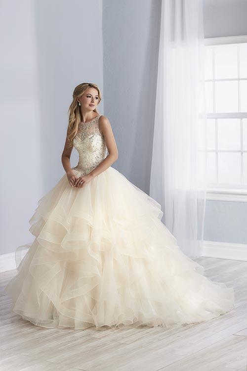 bridal-gowns-jacquelin-bridals-canada-25527