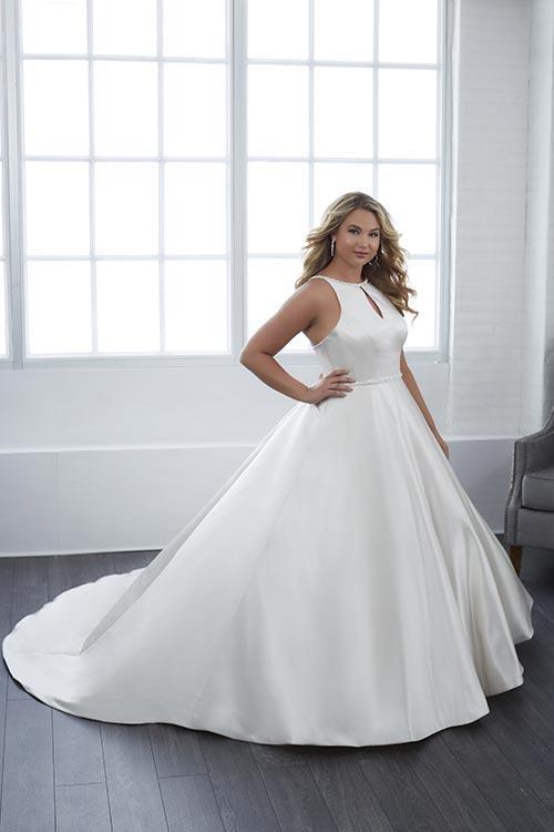 bridal-gowns-jacquelin-bridals-canada-25602