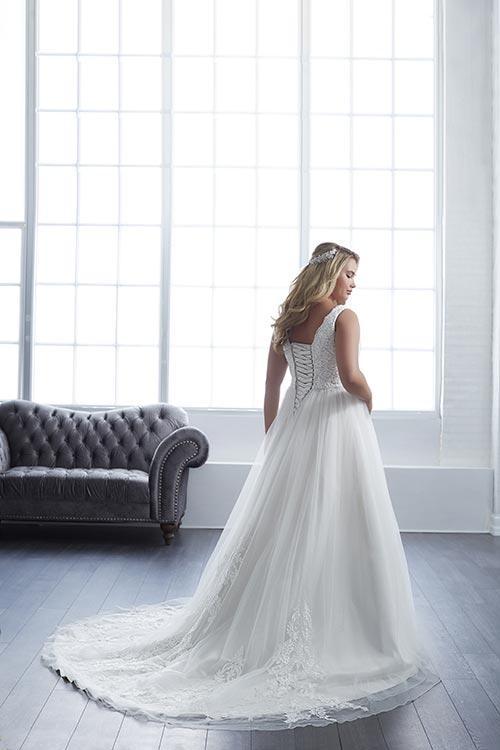 bridal-gowns-jacquelin-bridals-canada-25604