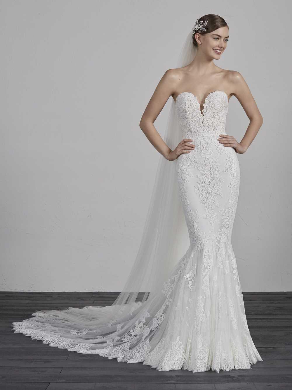 bridal-gowns-pronovias-27473