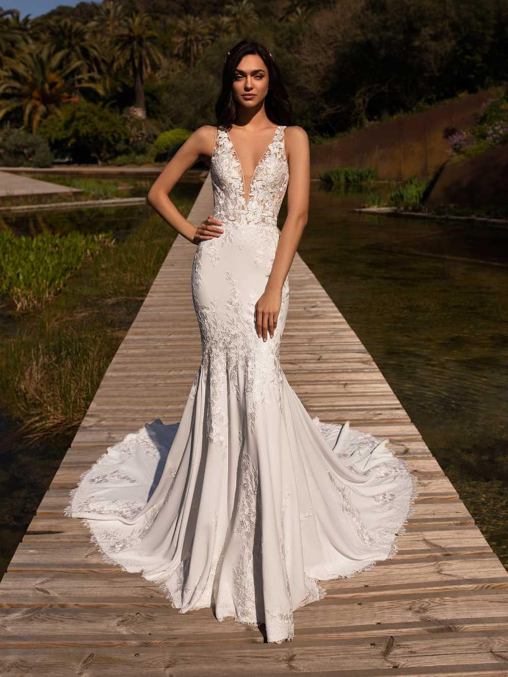 bridal-gowns-pronovias-27481
