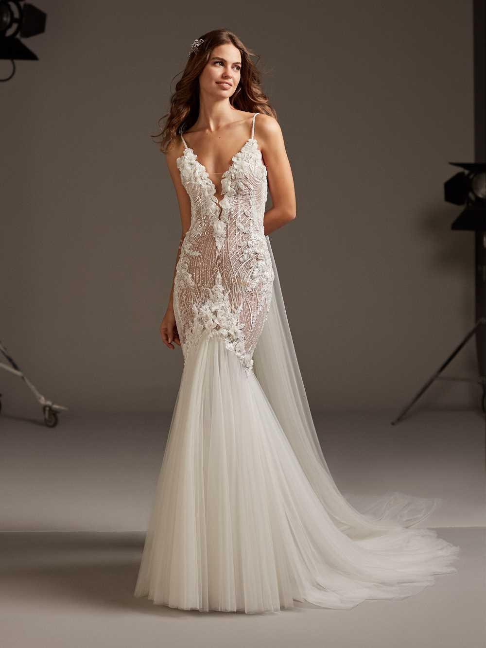 bridal-gowns-pronovias-27483