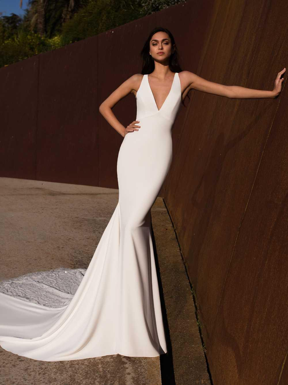 bridal-gowns-pronovias-27485