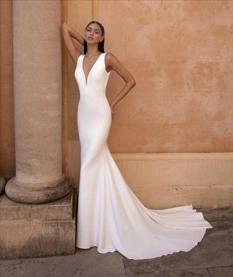 bridal-gowns-pronovias-27925