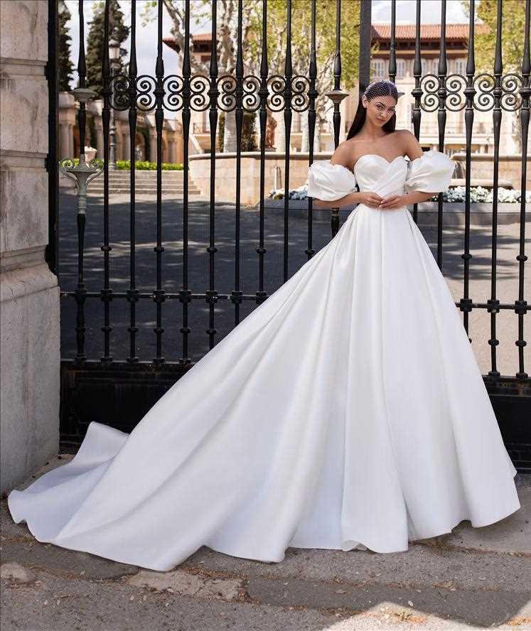 bridal-gowns-pronovias-27965
